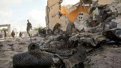 Δεκάδες νεκροί από επίθεση ισλαμιστών εναντίον βάσης της Αφρικανικής Ένωσης στη