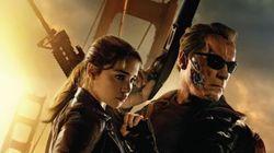 Ο Terminator επιστρέφει και χαρίζει δώρα σε 10