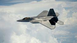 Οι ΗΠΑ σχεδιάζουν την αποστολή υπερσύγχρονων F-22 στην Ευρώπη λόγω της «ρωσικής