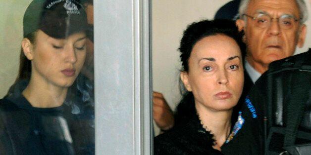 Δίκη Τσοχατζόπουλου: Αίτηση εξαίρεσης του δικαστηρίου από τη Βίκυ Σταμάτη. «Θερμό επεισόδιο» με την πρώην...