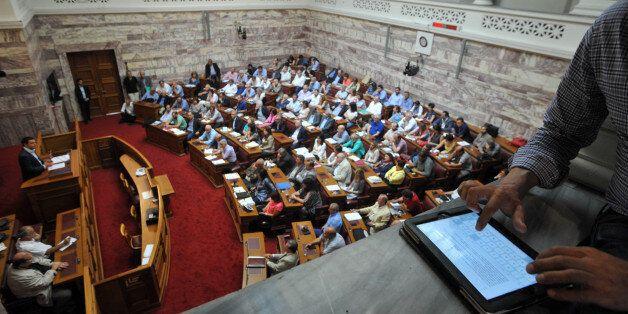 Δραχμολαγνεία στην Κοινοβουλευτική Ομάδα του ΣΥΡΙΖΑ με φωνές για