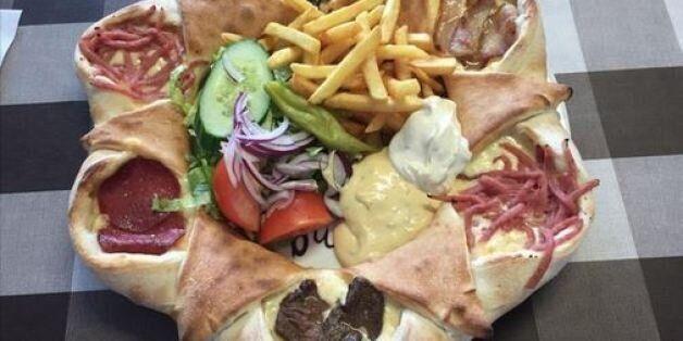 Είναι αυτή η καλύτερη πίτσα του κόσμου; - «Ό,τι καλύτερο έχει συμβεί στην ανθρωπότητα» είπε ο δημοσιογράφος...