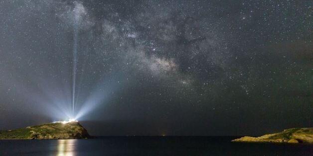 Ο Γαλαξίας πάνω από το Ναό του Ποσειδώνα στο