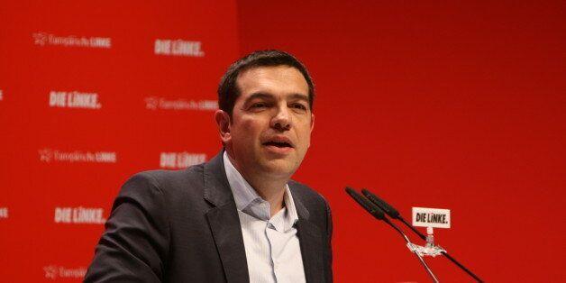 Τσίπρας στο Tagesspiegel: «Μύθος» ότι οι Γερμανοί πληρώνουν τους