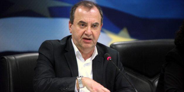 Στρατούλης: Προσφυγή στις κάλπες εάν οι δανειστές δεν κάνουν