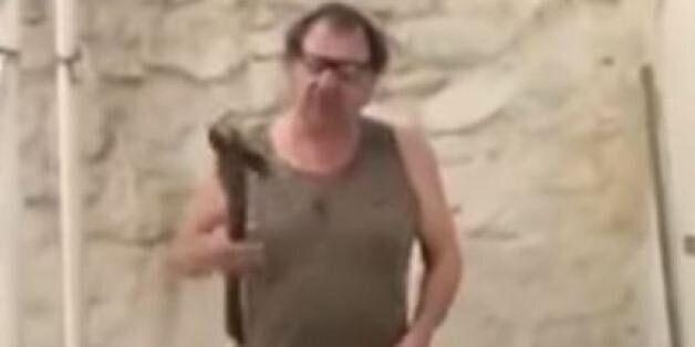 Oι οργανώσεις προστασίας άγριων ζώων καταδικάζουν το βίντεο του «Snake Hunter» από τις Σέρρες (και δεν...