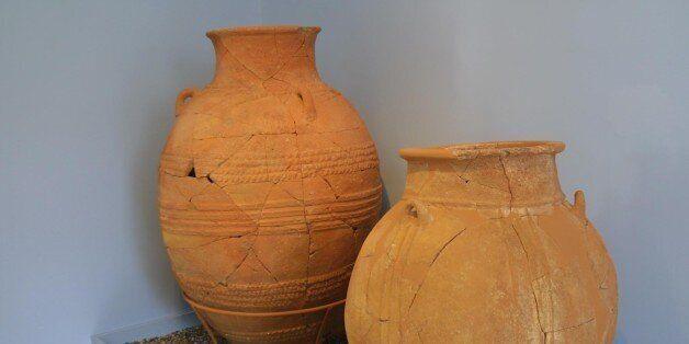 Κρήτη: Τουρίστρια λιποθύμισε και έσπασε αρχαίο