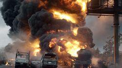 Δεκάδες νεκροί από έκρηξη βυτιοφόρου σε στάση λεωφορείου στη