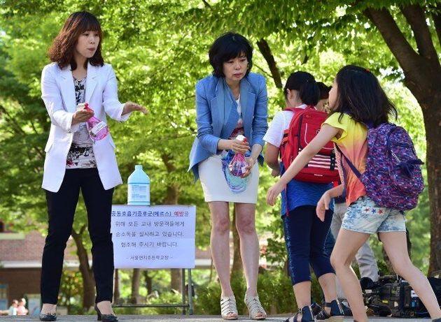 Συναγερμός στην Νότια Κορέα: Δύο νεκροί και 30 νοσούντες από ιογενή λοίμωξη επικινδυνότερη του