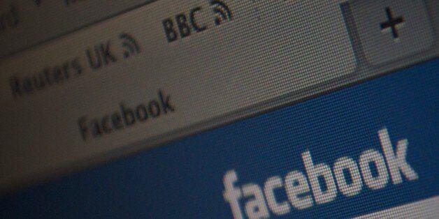 Έψαχνε στο Facebook κάποιον να τη δολοφονήσει: «Σε παρακαλώ σκότωσέ με» - Βρέθηκε Βρετανός να της δώσει