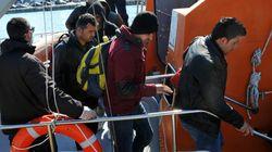 Αβραμόπουλος: Μετεγκατάσταση 40.000 προσφύγων από Ελλάδα και