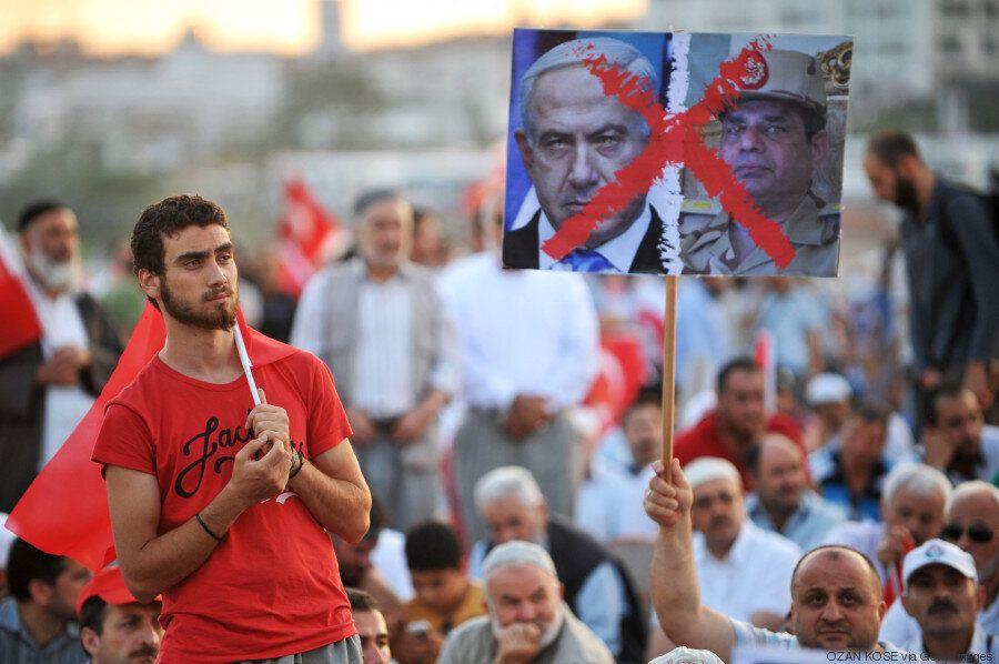 Ερντογάν: Ο πολιτικός που θέλει να γίνει σουλτάνος και να ξεπεράσει τον Κεμάλ. Η Τουρκία κατά τα 13 χρόνια...