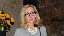 Η JK Rowling δικαιώνεται: H εφημερίδα Daily Mail απολογήθηκε για άρθρο της που έθιγε την