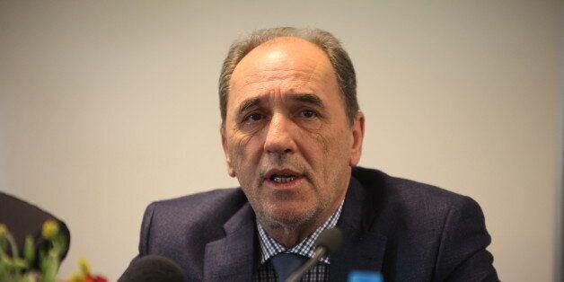 Σταθάκης: Θα συνεχιστούν οι ιδιωτικοποιήσεις του ΟΛΠ και των περιφερειακών