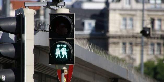 Βιέννη: Γκέι φανάρια στους δρόμους εν όψει