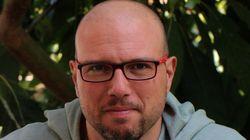 Ο Μανώλης Λεράκης μεταμορφώνει το κρητικό αβοκάντο σε νόστιμες