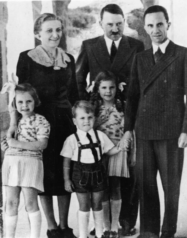 Αποκαλυπτική βιογραφία του Γιόζεφ Γκαίμπελς: Το ερωτικό τρίγωνο με τον Χίτλερ και η διεστραμμένη προσωπική