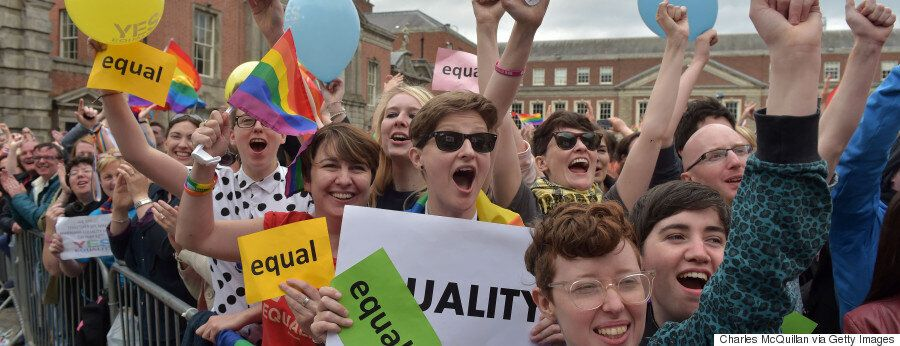 Το «ναι» της Ιρλανδίας στο γάμο των ομοφυλόφιλων σε