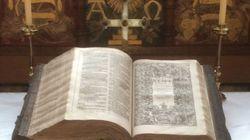Βρέθηκε σπάνια βίβλος του Βασιλιά Ιάκωβου με ορθογραφικό λάθος που αξίζει 250.000