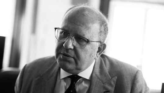 O Nίκος Ξυδάκης μιλά αποκλειστικά στη HuffPost Greece: Τα γλυπτά του Παρθενώνα, η Αμφίπολη, το ΕΜΣΤ και η υπόθεση