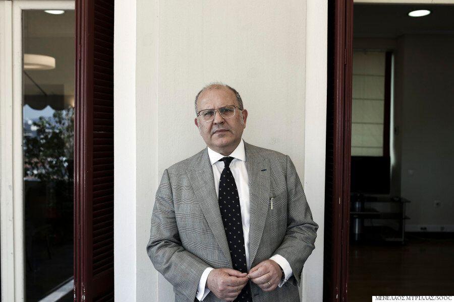 O Nίκος Ξυδάκης μιλά αποκλειστικά στη HuffPost Greece: Τα γλυπτά του Παρθενώνα, η Αμφίπολη, το ΕΜΣΤ και...