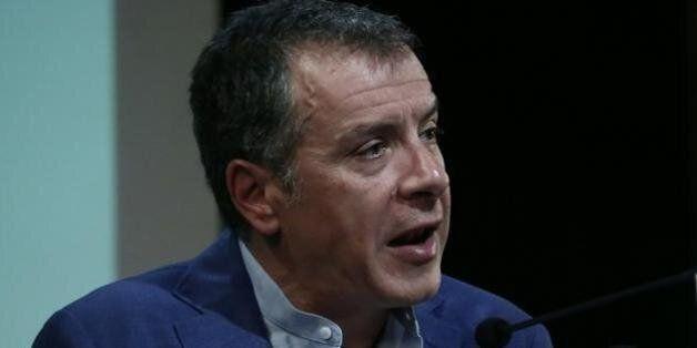 Θεοδωράκης: Θα ψηφίσουμε συμφωνία που θα μας κρατήσει στην