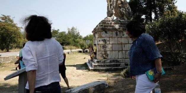 «Άτεχνη σκηνοθετημένη ιστορία η Αμφίπολη για να αποσπαστεί η προσοχή» λέει ο γγ της Αρχαιολογικής