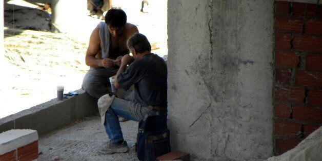 Ο πιο χαμηλά αμειβόμενος στην Ευρώπη ο Αλβανός εργαζόμενος με μέσο όρο πληρωμής τα 2,2 ευρώ ανά