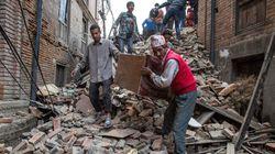 Ένας 15χρονος ανασύρθηκε ζωντανός από τα ερείπια κτιρίου πέντε ημέρες μετά τον σεισμό στο