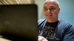 ΕΛ.ΑΣ.: Παγιδεύουν άνδρες βιντεοσκοπώντας τους να κάνουν cyber