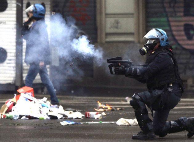 Βίαιες διαδηλώσεις στο Μιλάνο μετά την έναρξη του Milan
