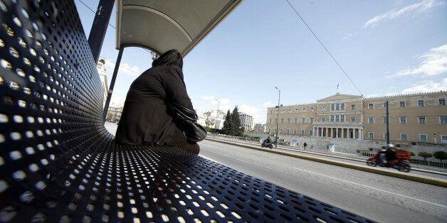 Στάση εργασίας σε ΜΕΤΡΟ, τρόλεϊ, τραμ, ηλεκτρικό σιδηρόδρομο την