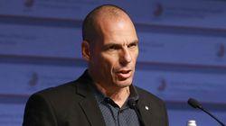 Βαρουφάκης: Παραμένω υπουργός Οικονομικών και διαπραγματευτής στο