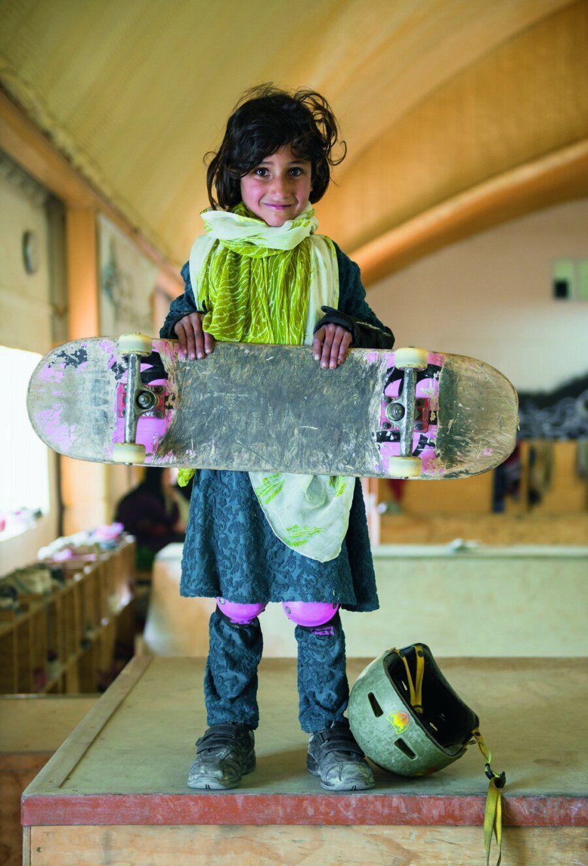 Αυτά είναι τα «σκληρά» (αλλά αξιολάτρευτα) κορίτσια της Καμπούλ που κάνουν
