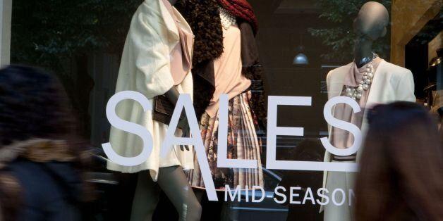 Ξεκίνησαν οι ενδιάμεσες εκπτώσεις – Ανοιχτά τα καταστήματα την Κυριακή - απεργία έχουν εξαγγείλει οι