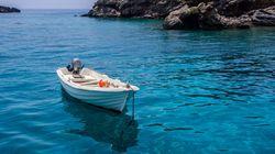 Ανησυχητική η πτώση των κρατήσεων στους δημοφιλέστερους τουριστικούς προορισμούς της