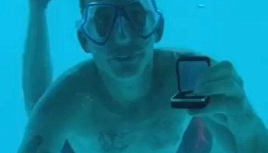 「水中プロポーズ」で、潜ったまま帰らず。アメリカ人男性が溺死、タンザニアの「海中ホテル」