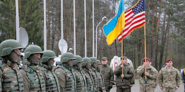 Φωτογραφία από συνεκπαίδευση ρωσικών και ουκρανικών στρατευμάτων στη δυτική