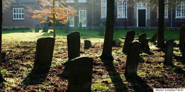Τα μυστικά 5 αρχαίων ομαδικών ταφών που μόλις πρόσφατα ανακαλύφθηκαν και οι θεωρίες των