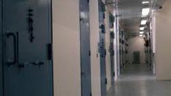 Αποφυλάκιση σε πέντε χρόνια για ισοβίτες που δεν έχουν καταδικαστεί για ανθρωποκτονία και πάσχουν από 80%