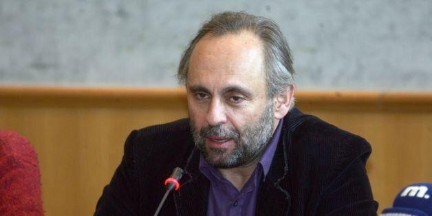 Σωτήρης Χατζάκης: O Υπουργός Πολιτισμού με προσβάλλει και με συκοφαντεί, ας μεσολαβήσει ο
