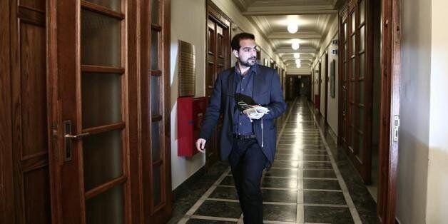 Σακελλαρίδης: Δεν τέθηκαν μόνο ασφαλιστικό-εργασιακά στη συνάντηση Βαρουφάκη-Λαγκάρντ. Υπό συζήτηση η...