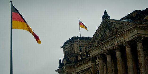 5.000 θέσεις εργασίας καταργεί η υπηρεσία εργατικού δυναμικού στη Γερμανία λόγω χαμηλών ποσοστών