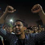 """L'extraordinaire courage des Egyptiens qui manifestent contre le """"maréchal-président"""""""