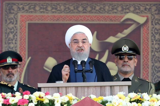 Golfo, Rouhani spiazza Trump: