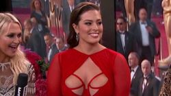 Oscars 2016: Ashley Graham enflamme le tapis
