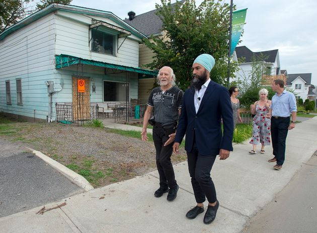 NDP Leader Jagmeet Singh tours a neighbourhood damaged by recent flooding during a campaign stop in Gatineau,...