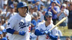 류현진이 메이저리그 첫 홈런을