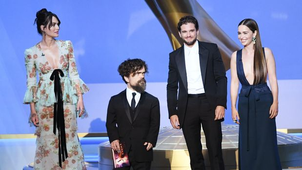 LOS ANGELES, CALIFORNIA - SEPTEMBER 22: (L-R) Lena Headey, Peter Dinklage, Kit Harington, and Emilia Clarke speak onstage during the 71st Emmy Awards at Microsoft Theater on September 22, 2019 in Los Angeles, California. (Photo by Kevin Winter/Getty Images)