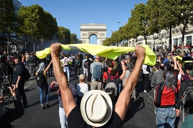 158 garde à vue ont été prononcées samedi à Paris en marge de l'acte 45 des gilets jaunes et de la Marche...